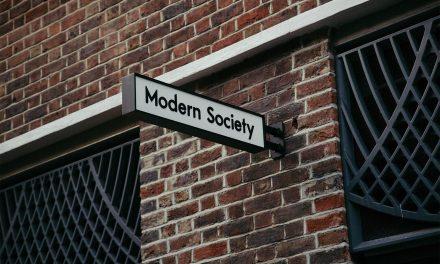 现代世界,我们需要重新言说