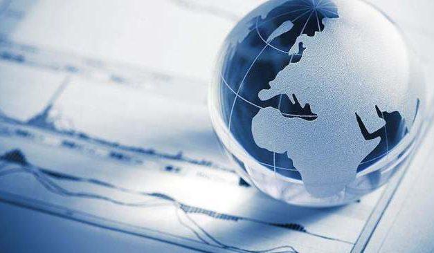 """""""中心-外围""""裂变与世界经济治理体系的重构"""